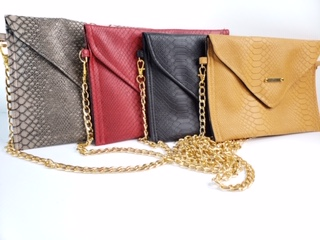 viper envelope clutch